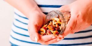 Vitamine, sali minerali, acqua e fibre per una tintarella perfetta (e sicura)