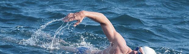 Un 48enne a nuoto per 560 km. Ph Kelvin Trautman
