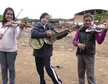 La Recycled Orchestra di Cateura: quando la musica salva