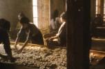 Scena tratta dal film L'albero degli zoccoli
