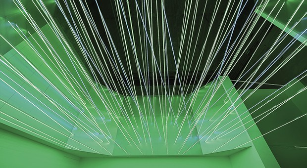 """Lucio Fontana - Fonti di energia, soffitto al neon per """"italia 61"""", a Torino, 1961/2017 © Fondazione Lucio Fontana - Foto: Agostino Osio"""